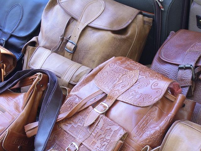 Jak czyścić skórzaną torebkę?