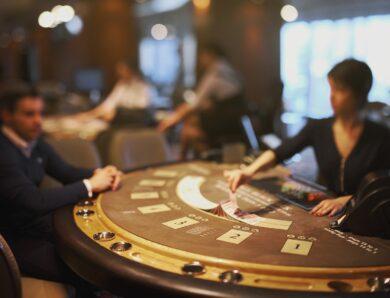 Jaką torebkę wybrać na wieczór w kasynie?